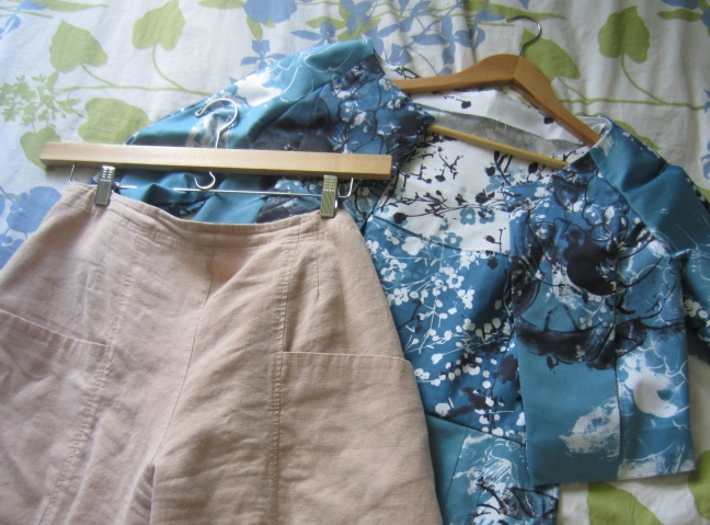 Travel Packing- Handmade Clothes- Sew Pomona