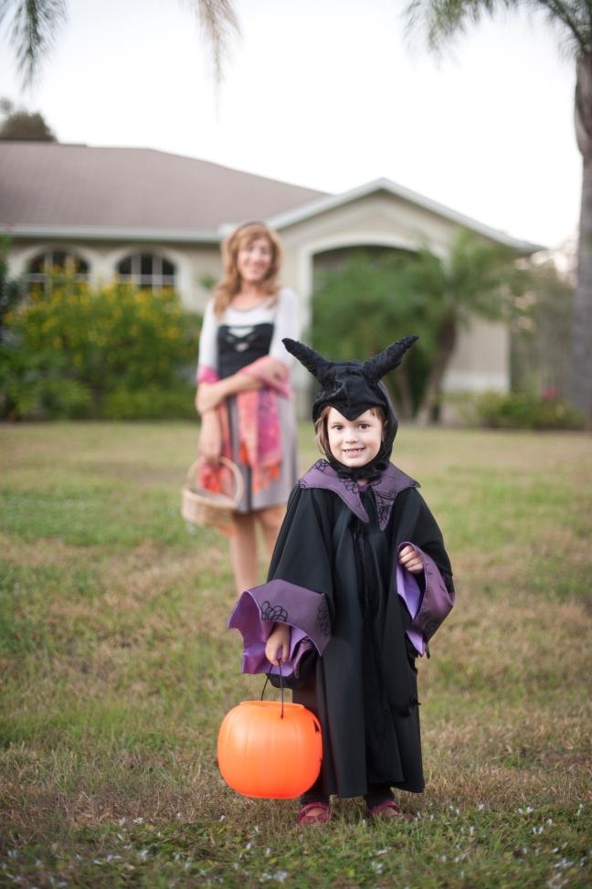 A Maleficent Halloween, Sew Pomona